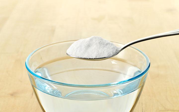 Справиться с зудом и аллергией поможет сода