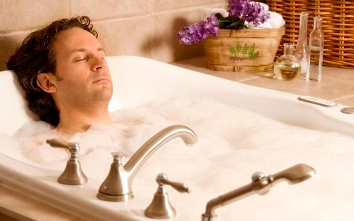 Покраснение в паху у мужчин: как и чем лечить