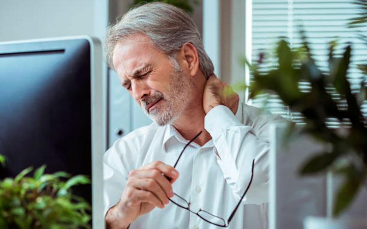 Как лечить остеохондроз шейного отдела в домашних условиях