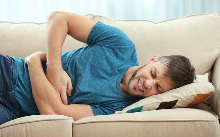 Язва желудка: симптомы и лечение