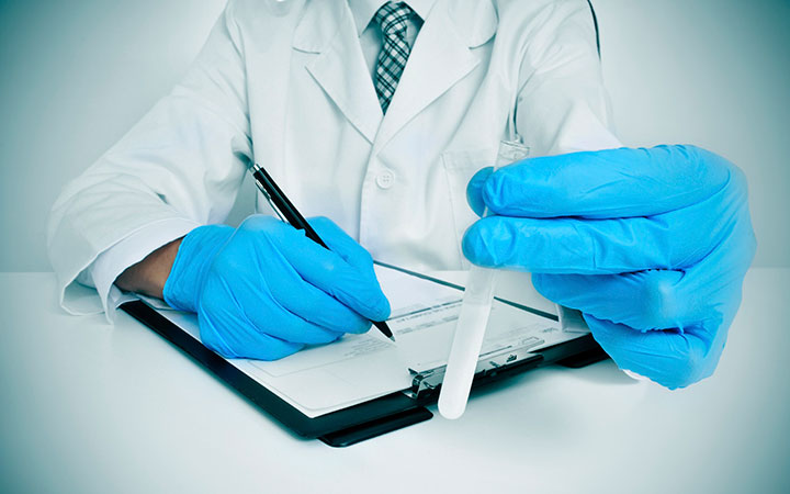 Спермограмма поможет выявить патологию в составе семенной жидкости