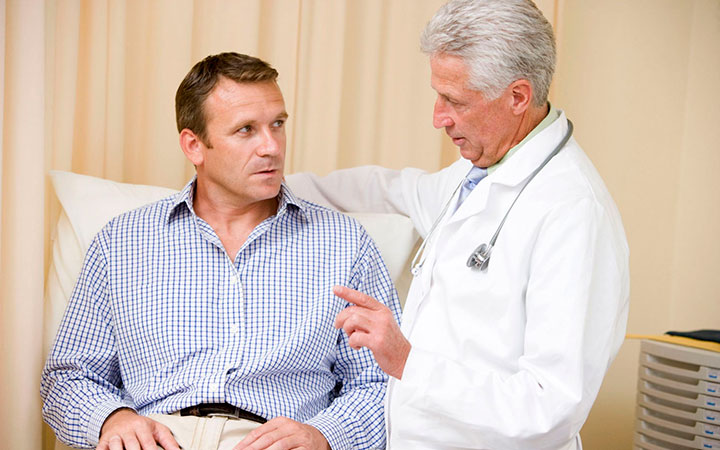 Прыщи на попе у мужчин: причины и методы лечения